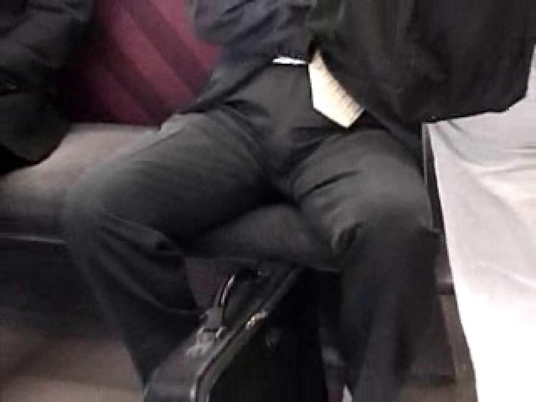 電車に揺られるサラリーマンさんに注目! 覗き特集 男同士動画 14画像 3