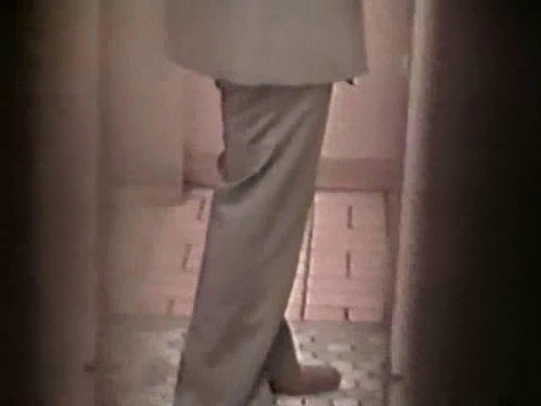 都内某所!禁断のかわや覗き2010年度版VOL.4 私服もいいね! ゲイえろ動画紹介 11画像 3