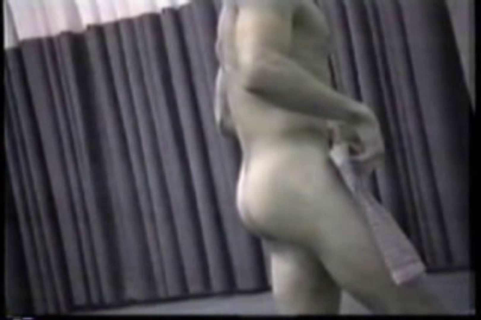 洋人さんの脱衣所を覗いてみました。VOL.6 覗き特集 | ガチムチマッチョ系メンズ  8画像 7